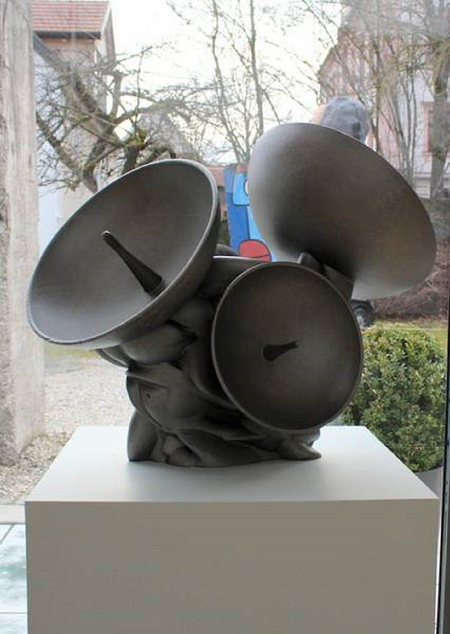 Korff Stiftung - Tony Cragg - Skulpturen - The Listener